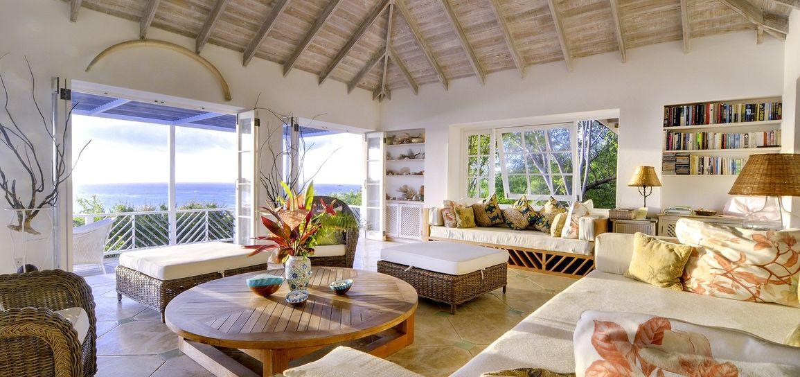 Villa caribéenne, Moustique